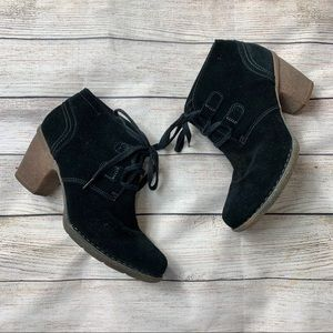 CLARKS | black suede rubber heel oxford boots 9.5